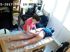 Naked Massage-therapy